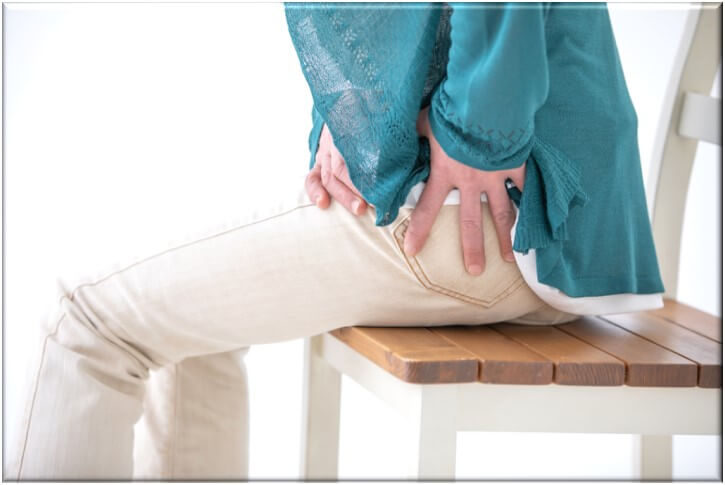 股関節痛の原因と改善方法