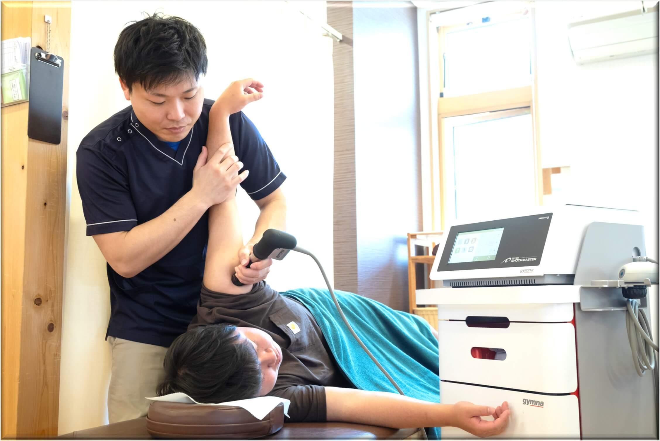 腕が上がらない時の施術法