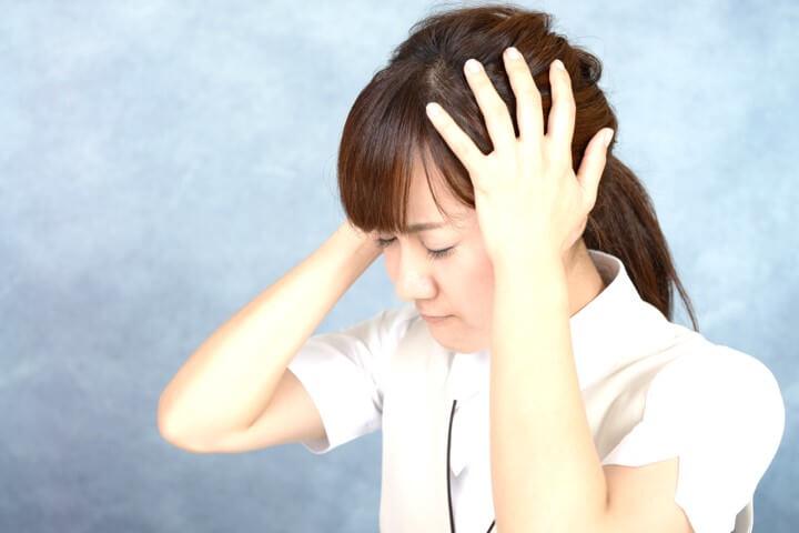 頭痛の原因と改善方法